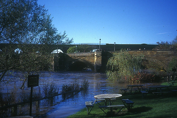 Picture of Yarm On Tees - Free Pictures - FreeFoto.com