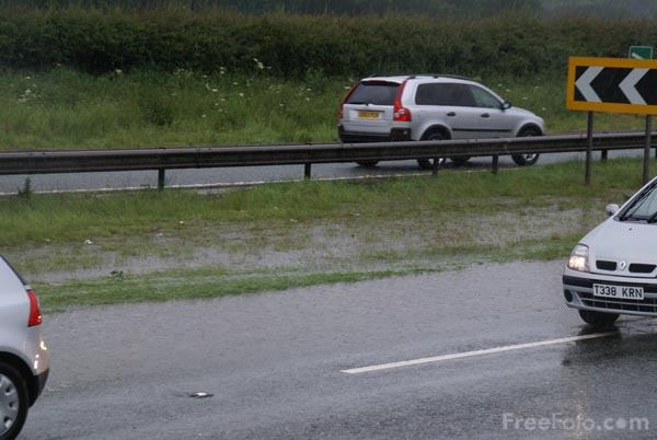 Picture of Flooding, A1 near Leeming Bar, North Yorkshire - Free Pictures - FreeFoto.com