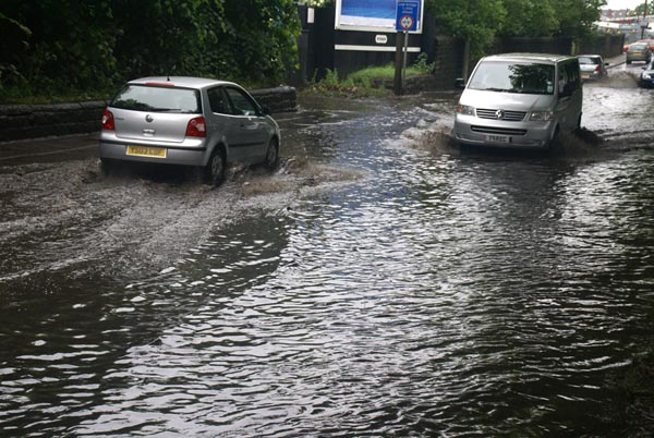Picture of Floods, Mexborough, South Yorkshire - Free Pictures - FreeFoto.com