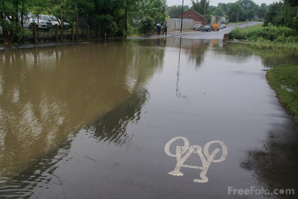 Picture of Floods, Wath, South Yorkshire - Free Pictures - FreeFoto.com