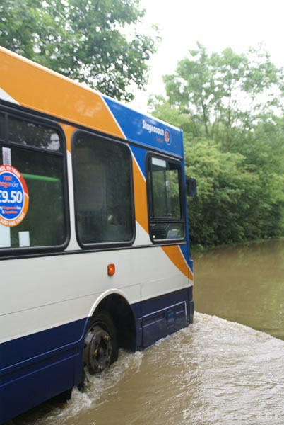 Picture of Stagecoach bus in flood water - Free Pictures - FreeFoto.com