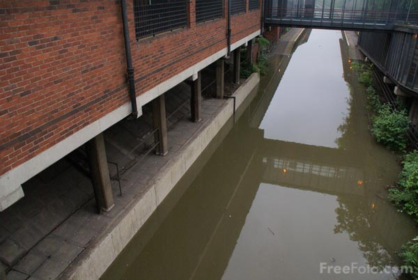 Picture of Rotherham station under flood water - Free Pictures - FreeFoto.com