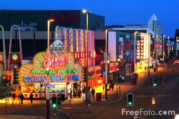 Picture of Blackpool Illuminations - Free Pictures - FreeFoto.com