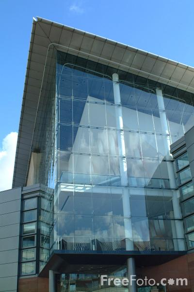 Picture of Bridgewater Hall, Manchester - Free Pictures - FreeFoto.com