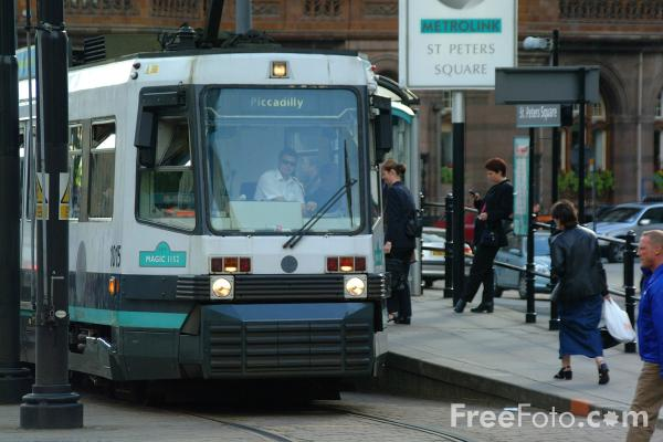 Picture of Manchester Metrolink Tram - St Peters Square - Free Pictures - FreeFoto.com