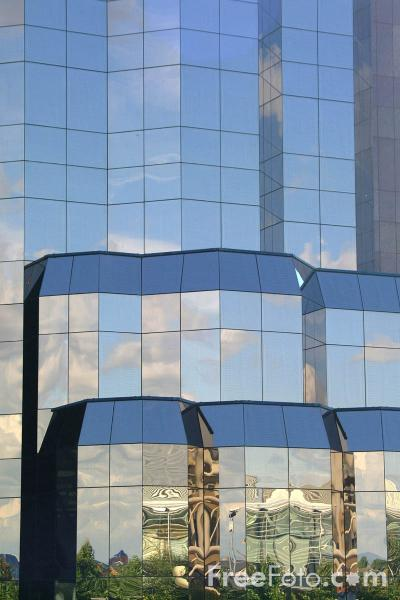 Picture of Nine storey Quay West building with its striking tinted windows - Free Pictures - FreeFoto.com