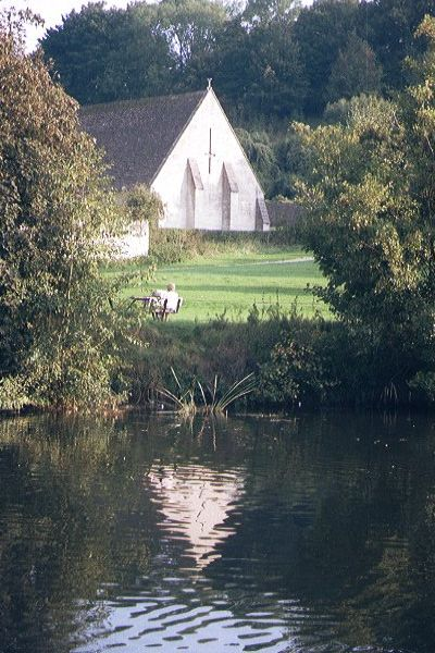 Picture of 14th century tithe barn - Free Pictures - FreeFoto.com