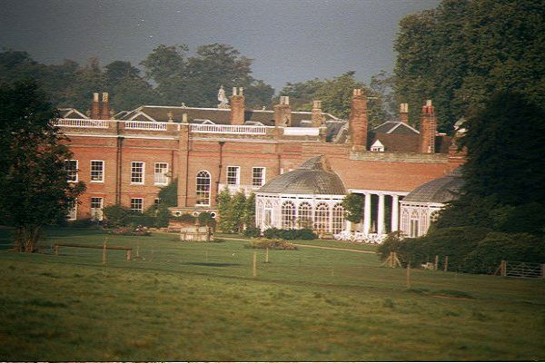 Picture of Avington Park 17th century mansion - Free Pictures - FreeFoto.com