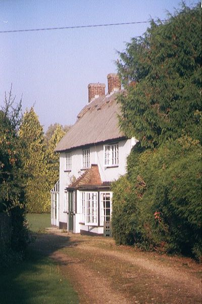 Picture of Small Cottage, Easton - Free Pictures - FreeFoto.com