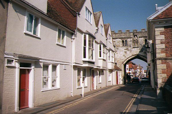 Picture of Medieval Gate, Salisbury - Free Pictures - FreeFoto.com