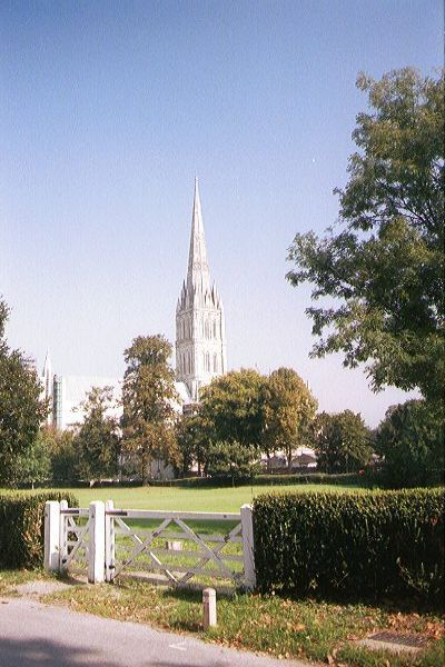 Picture of Salisbury Cathedral has been a source of inspiration for many artists, including John Constable - Free Pictures - FreeFoto.com