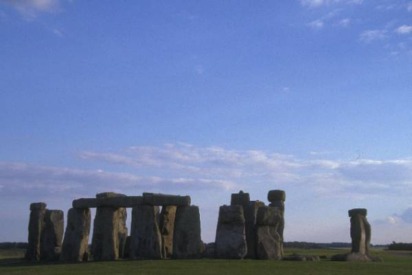 Picture of Stonehenge - World Heritage Site - Free Pictures - FreeFoto.com