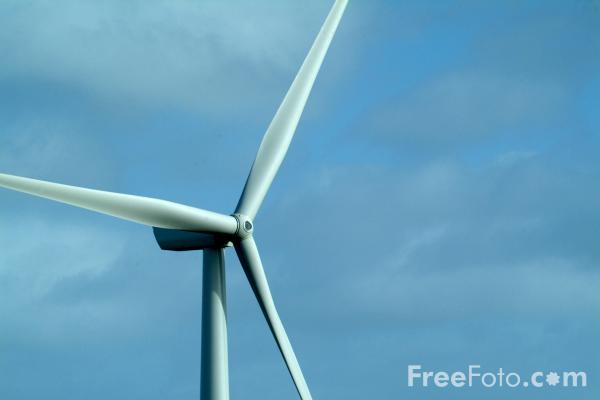 Picture of Wind Farm, Elwick, Hartlepool - Free Pictures - FreeFoto.com