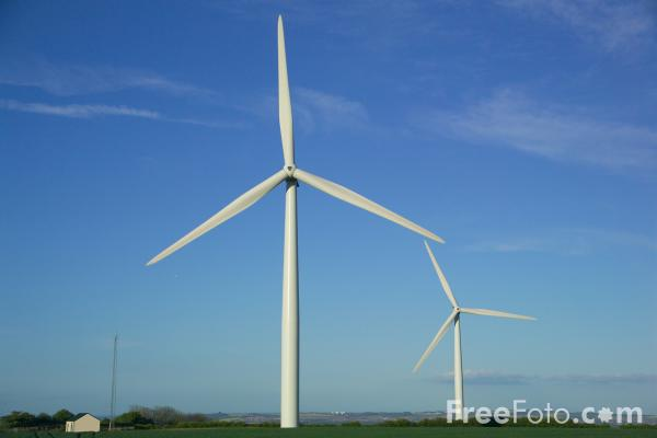 Picture of Holmside Hall Wind Farm - Free Pictures - FreeFoto.com