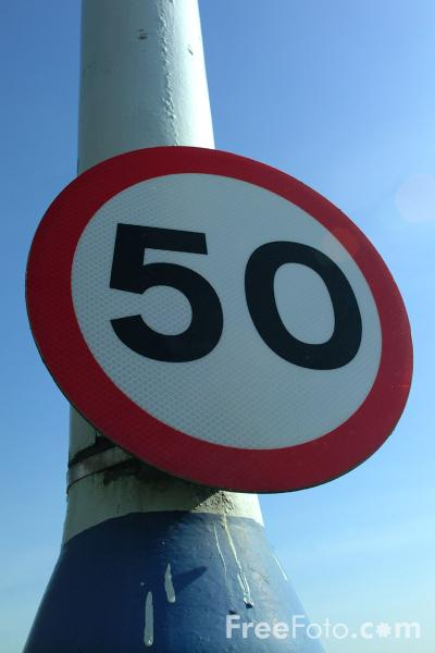 Picture of 50 mph Sign - Free Pictures - FreeFoto.com
