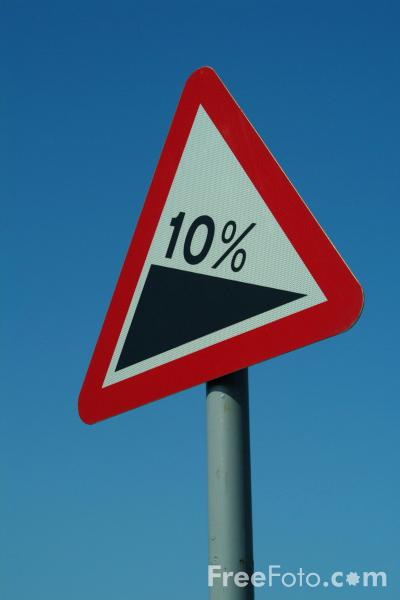 Picture of 10% Gradient Road Traffic Sign - Free Pictures - FreeFoto.com