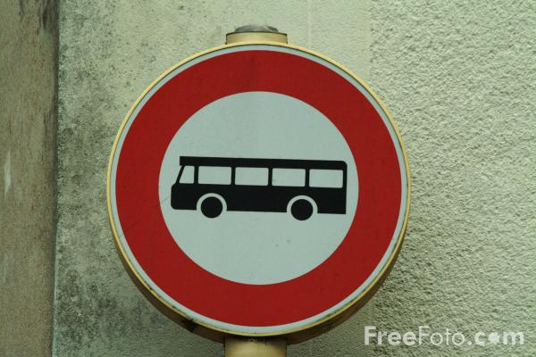 Picture of Buses Only - Road Sign - Free Pictures - FreeFoto.com