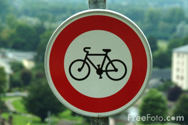 Picture of Bicycle Lane  - Road Sign - Free Pictures - FreeFoto.com