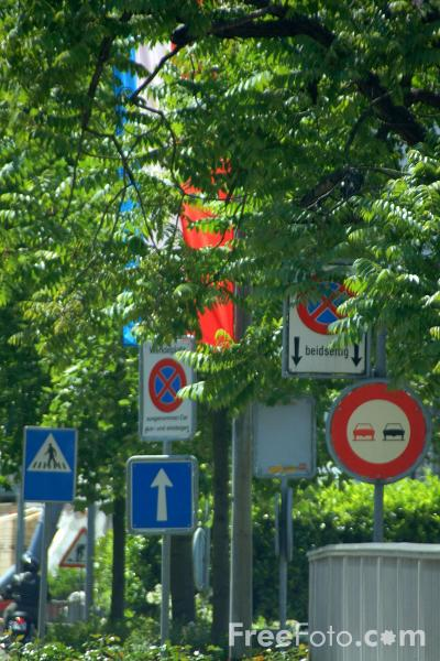 Picture of Road Traffic Signs - Switzerland - Free Pictures - FreeFoto.com