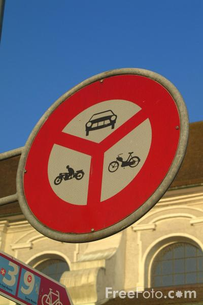 Picture of No Traffic Sign - Switzerland - Free Pictures - FreeFoto.com