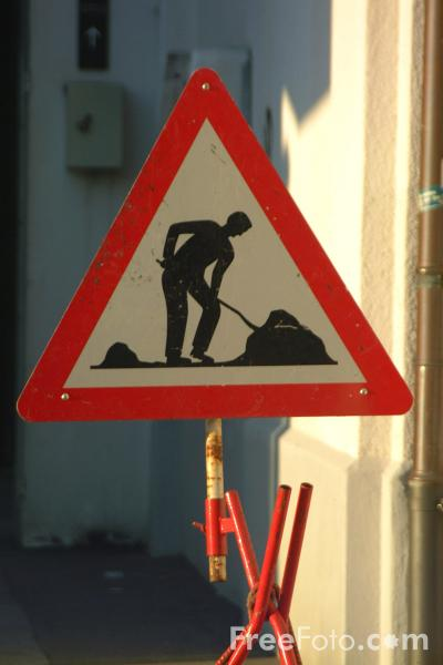 Picture of Roadworks Sign - Switzerland - Free Pictures - FreeFoto.com