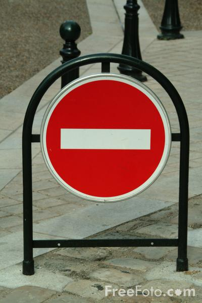 Picture of No Entry - Free Pictures - FreeFoto.com