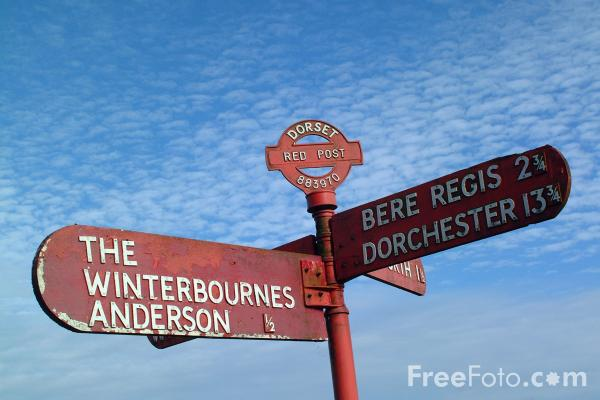 Picture of Dorset red post road sign 883970 - Free Pictures - FreeFoto.com