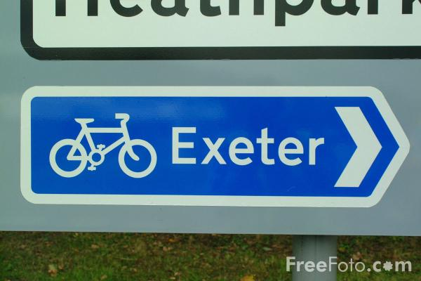 Picture of Exeter bicycle sign - Free Pictures - FreeFoto.com