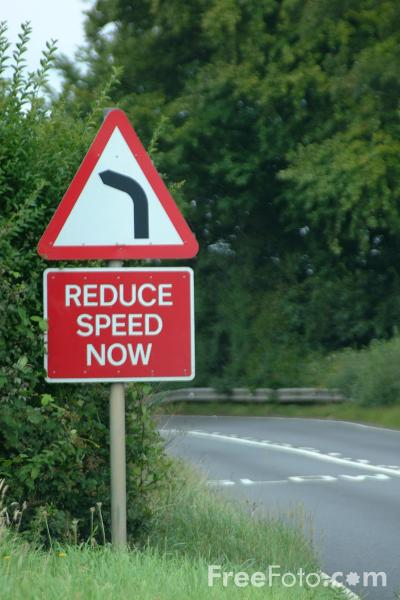 Reduce Speed Now Sign Pictures Free Use Image 41 04 66