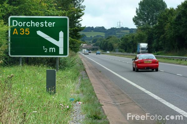 Picture of Dorchester A35 Road Sign - Free Pictures - FreeFoto.com