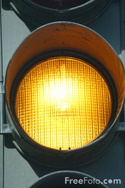 41_04_72---Amber-Traffic-Light_web.jpg