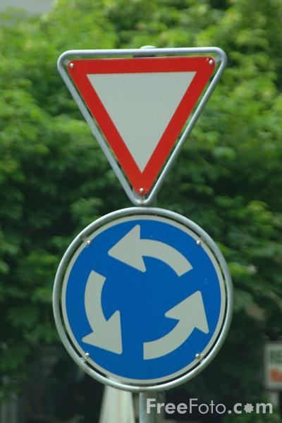 Picture of Give Way - Roundabout - Road Sign - Free Pictures - FreeFoto.com