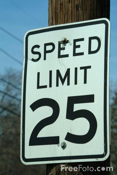 Picture of Speed limit 25 mph road sign - Free Pictures - FreeFoto.com
