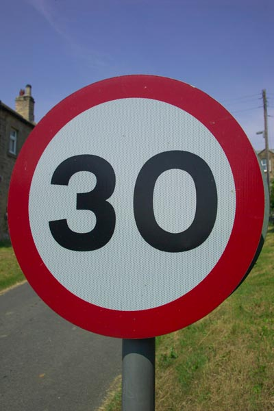 Picture of 30 mph road sign - Free Pictures - FreeFoto.com