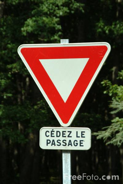 Picture of Cédez le passage - Pedestrian Crossing - French Road Sign - Free Pictures - FreeFoto.com