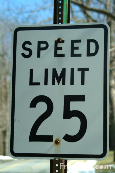 //www.freefoto.com/images/41/07/41_07_52---Speed-Limit-25-Road-Traffic-Sign_web.jpg?&k=Speed+Limit+25+Road+Traffic+Sign