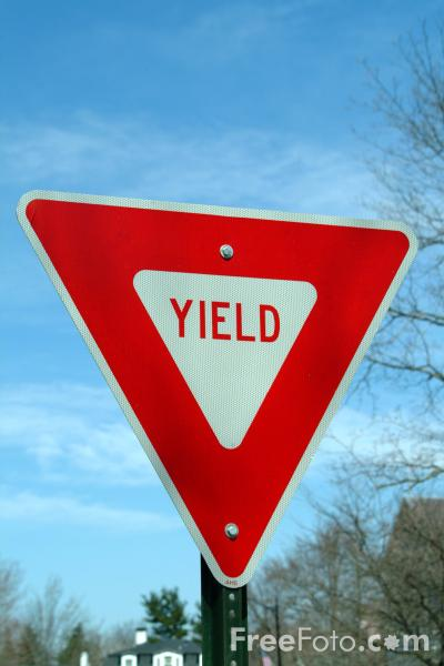 yield road traffic sign pictures free use image 410757