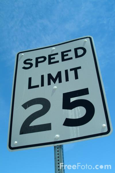 Picture of Speed Limit 25 Road Traffic Sign - Free Pictures - FreeFoto.com