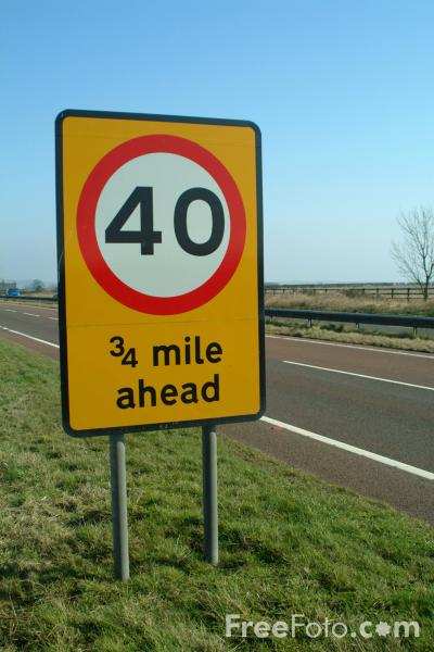 Picture of 40 mph Speed Limit Ahead - Free Pictures - FreeFoto.com