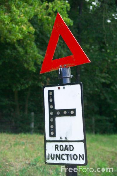 Picture of Road Junction Sign - Free Pictures - FreeFoto.com