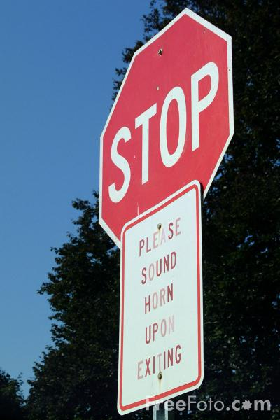 Picture of Stop - USA Road Sign - Free Pictures - FreeFoto.com