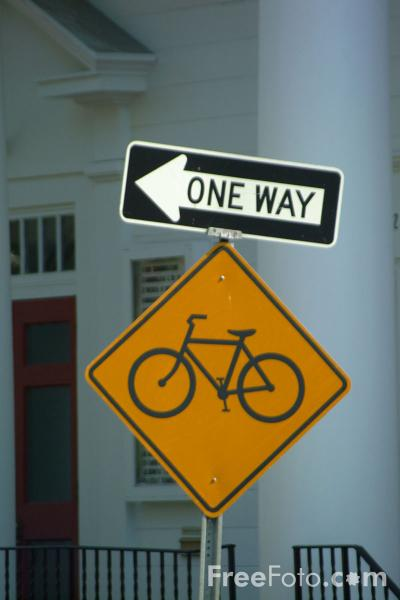 Picture of One Way / Bike Route - USA Road Sign - Free Pictures - FreeFoto.com