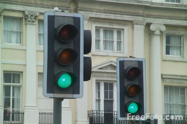 Picture of Traffic light - Free Pictures - FreeFoto.com