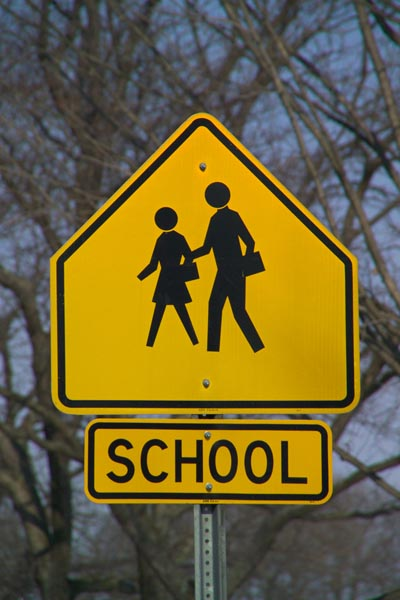 Picture of School Slow Children Road Sign - Free Pictures - FreeFoto.com