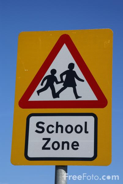 Picture of School Zone Road Traffic Sign - Free Pictures - FreeFoto.com