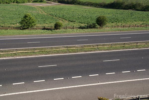 Picture of Empty Road - Free Pictures - FreeFoto.com