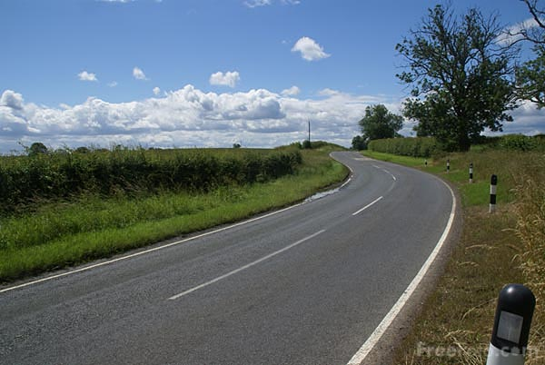 Picture of Country Road - Free Pictures - FreeFoto.com