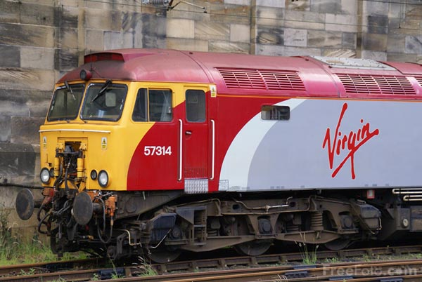 Picture of Virgin Trains Class 57 - Free Pictures - FreeFoto.com