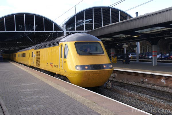 Picture of High speed hybrid train - Free Pictures - FreeFoto.com