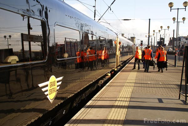 Picture of Grand Central Railway HST on its first test run - Free Pictures - FreeFoto.com